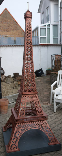 la tour eiffel plans pour d coupage en bois. Black Bedroom Furniture Sets. Home Design Ideas