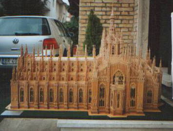 Wood crafts, the Milan Cathedral in wood