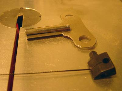 blade clamps of the hegner scroll saw